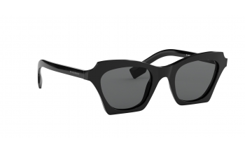 299d6a960f72 In Stock. Frame  Black
